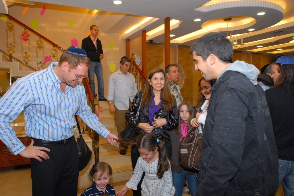 chanukah 2008 (11)