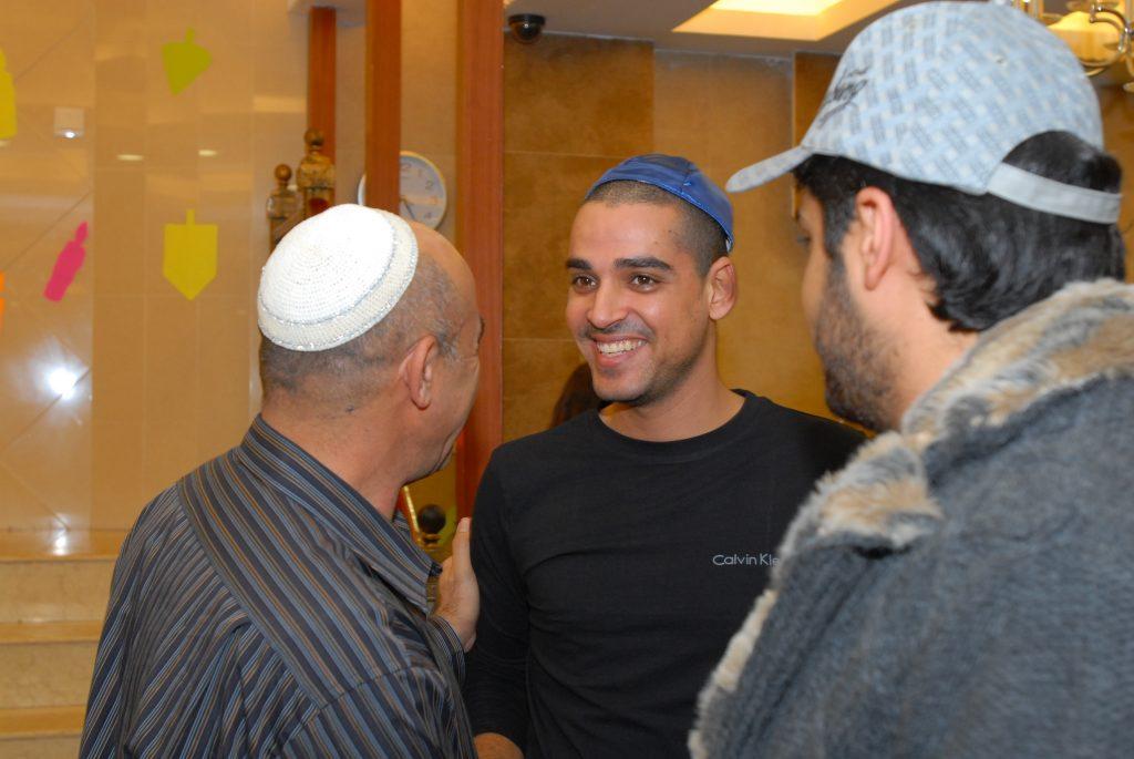 chanukah 2008 (21)