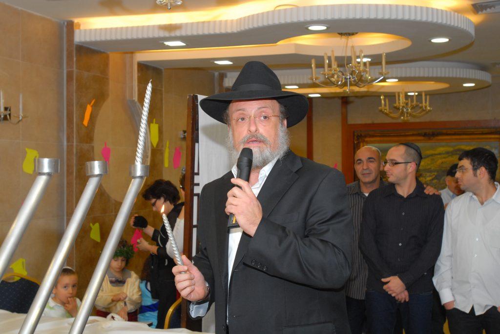 chanukah 2008 (40)