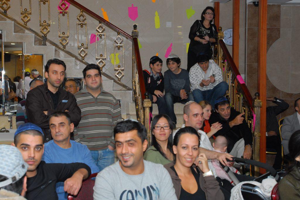 chanukah 2008 (70)