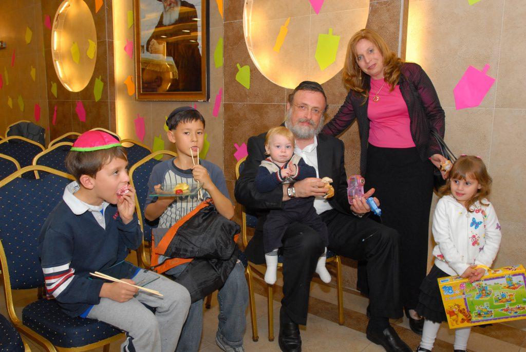 chanukah 2008 (80)