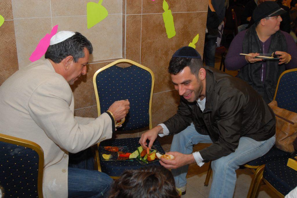 chanukah 2008 (81)