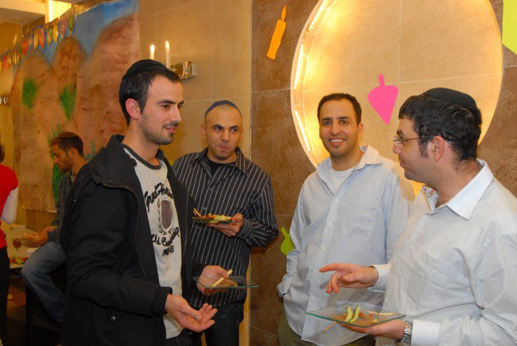 chanukah 2008 (94)