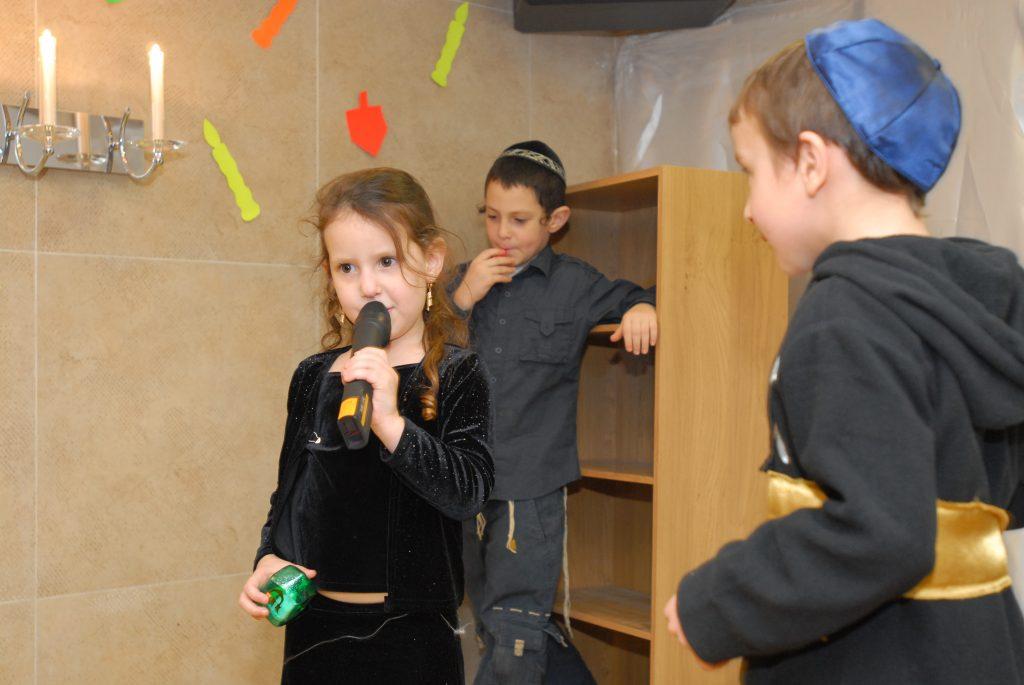 chanukah 2009 (107)