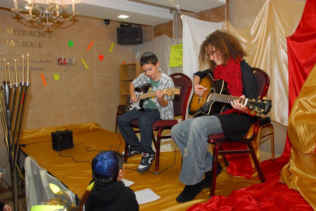 chanukah 2009 (15)