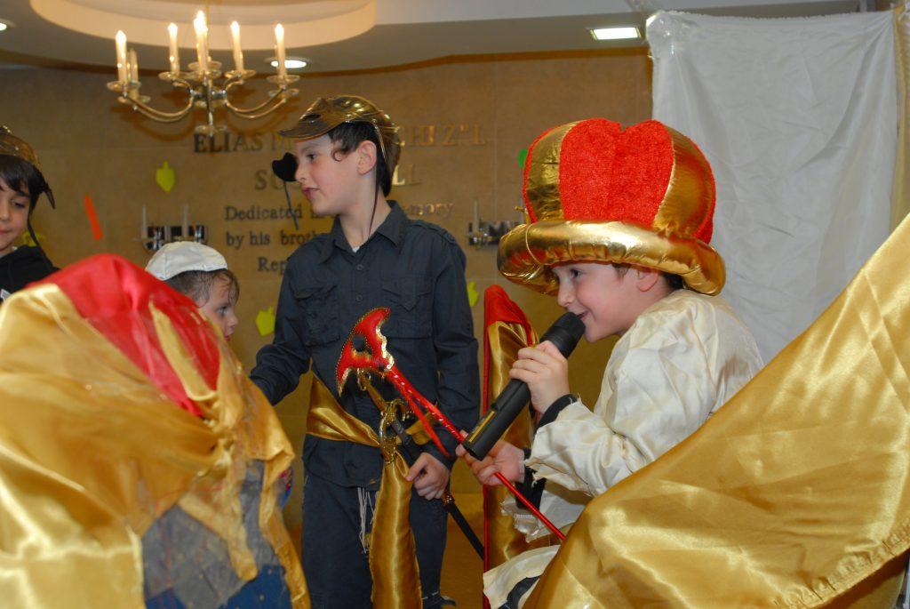 chanukah 2009 (28)