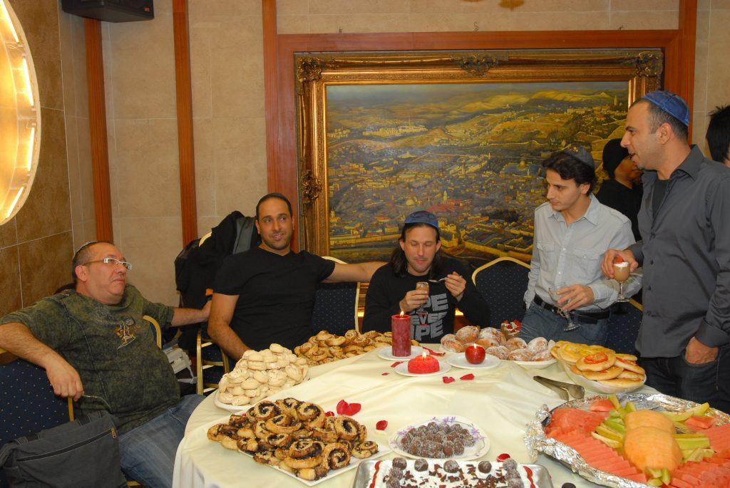 chanukah 2009 (64)