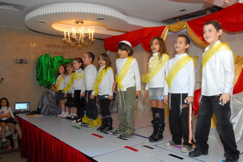 chanukah 2010 (14)