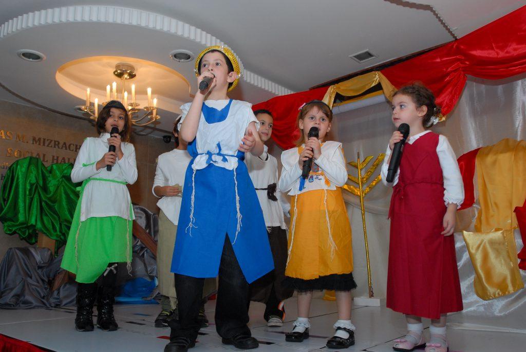 chanukah 2010 (30)