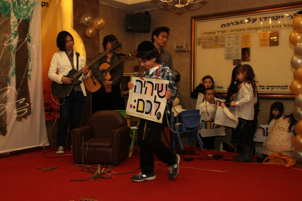 chanukah 2011 (67)
